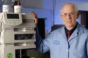 Dr. Robert Carlson