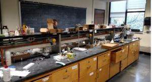 picture of current chemistry lab