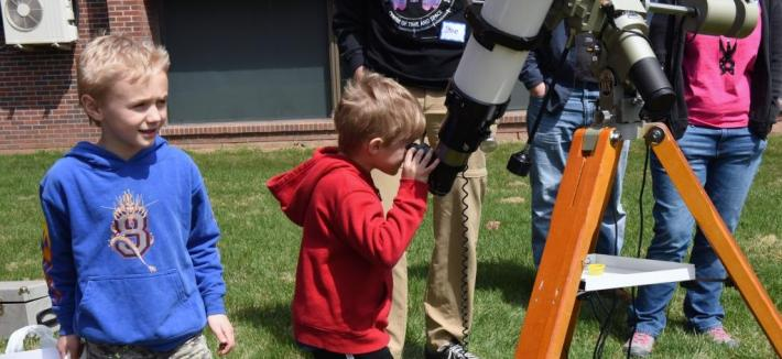 astronomy day telescope viewing
