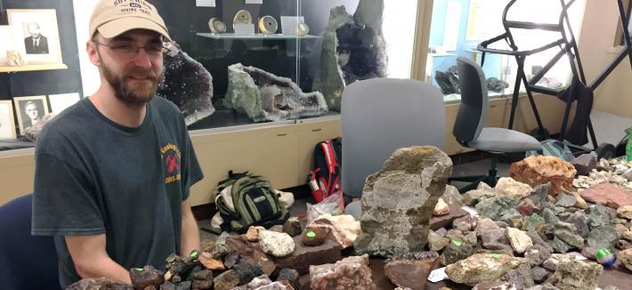 Geology Club Rock Sale