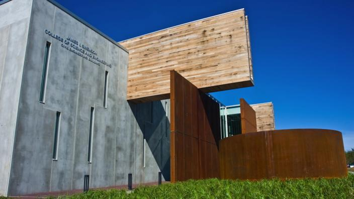 cilvil engr building