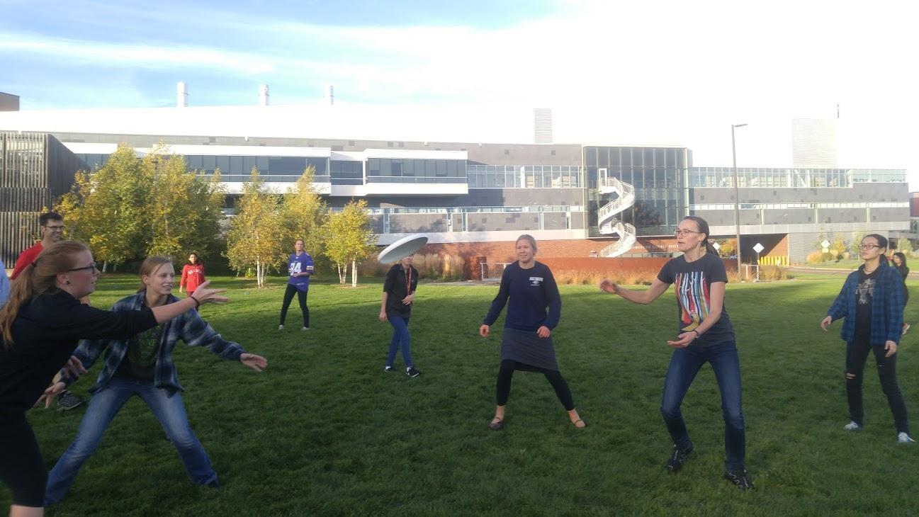 WIC Frisbee 1
